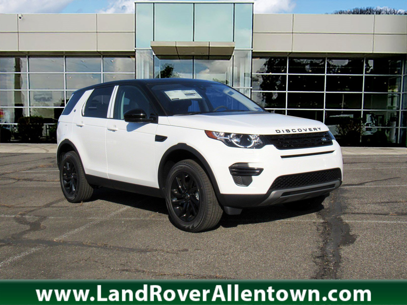new 2019 land rover discovery sport se 4 door in allentown. Black Bedroom Furniture Sets. Home Design Ideas