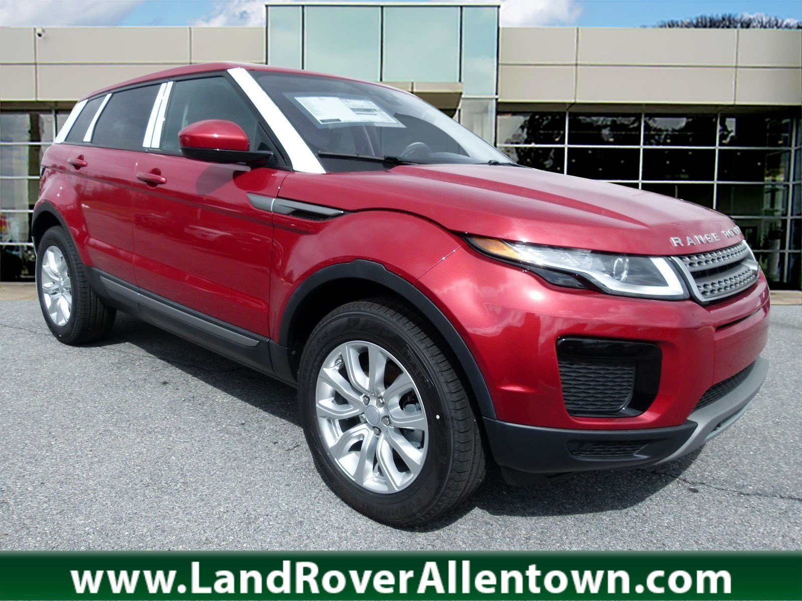 New 2018 Land Rover Range Rover Evoque SE 4 Door in Allentown L4286